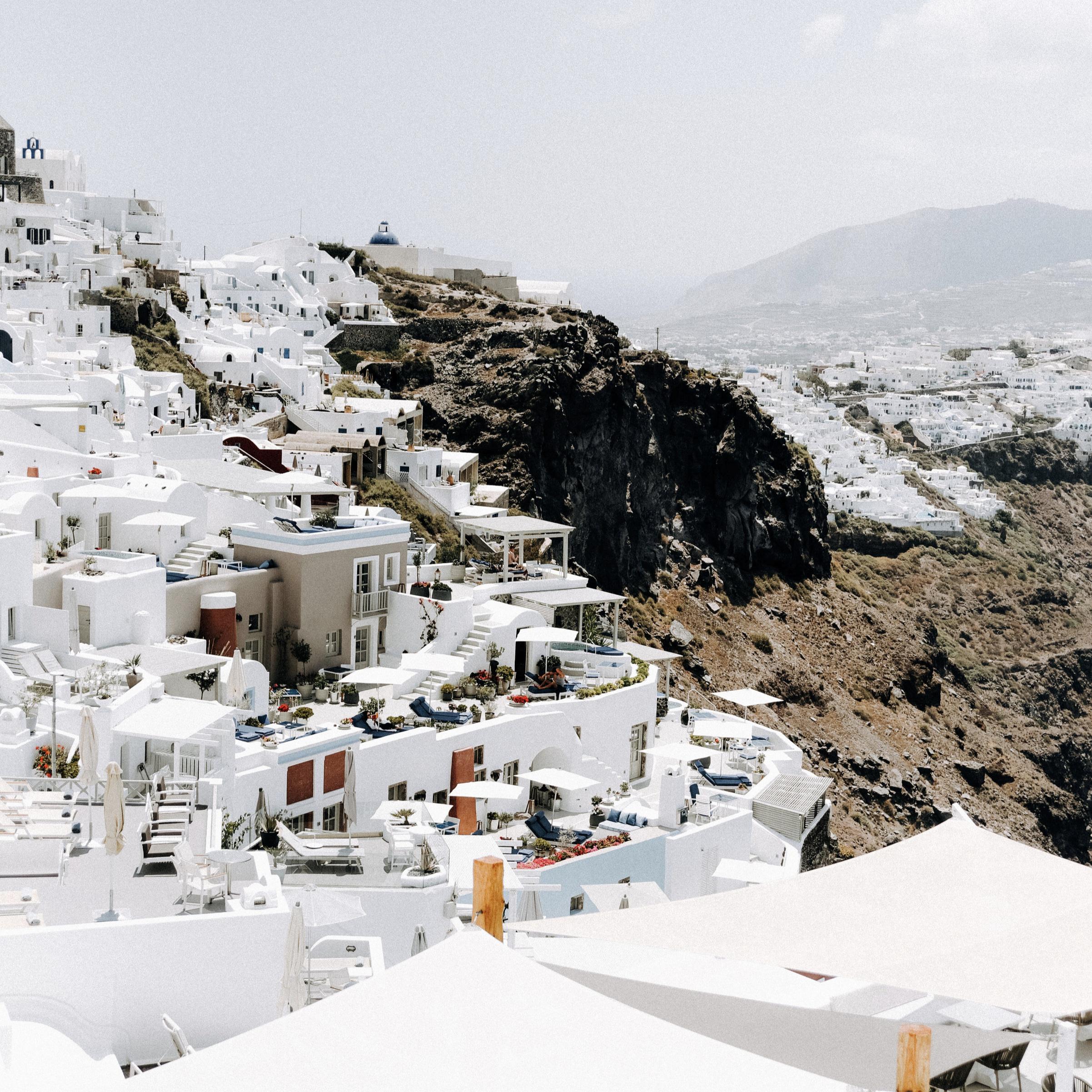 180530-SantoriniCliffs.jpg