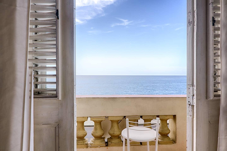 Seaside Apartment on Havana's Malecon
