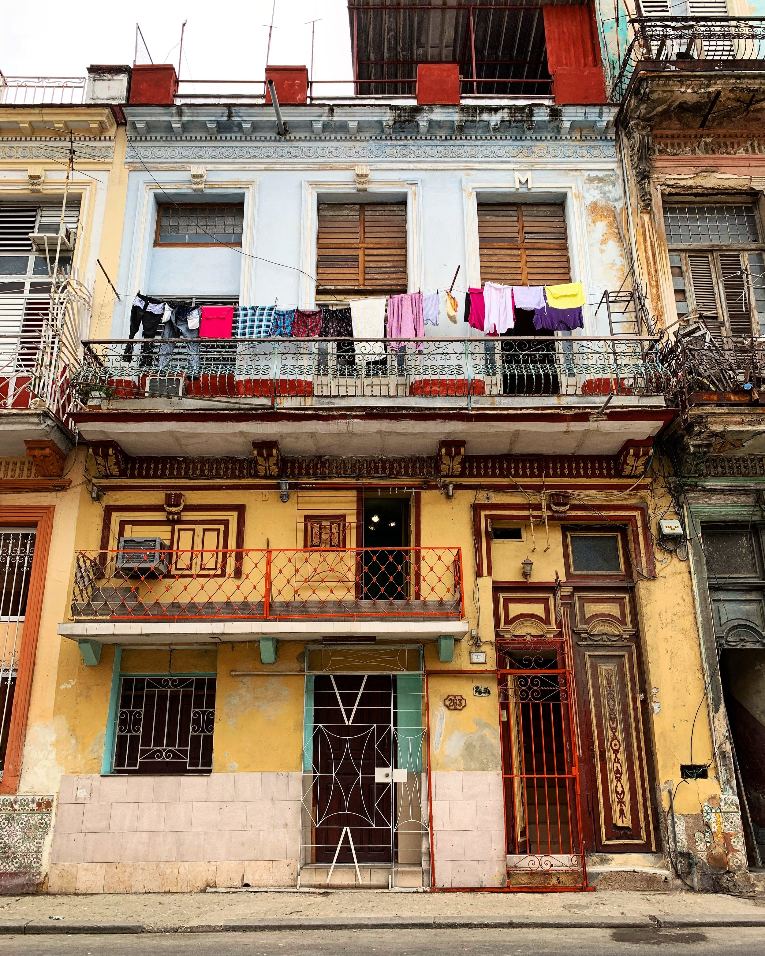 where do Havana locals live?