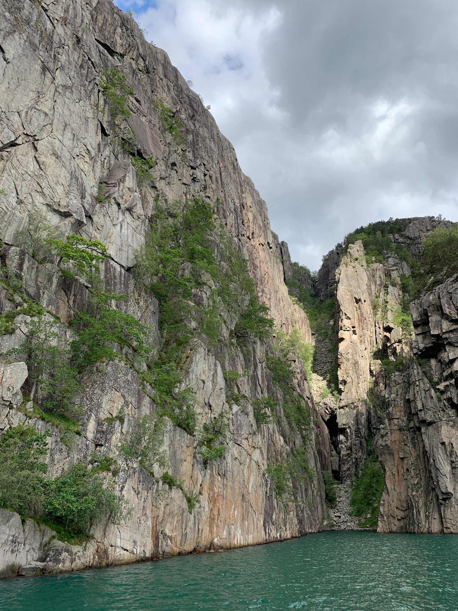 Rodne Fjord Cruise to Pulpit Rock