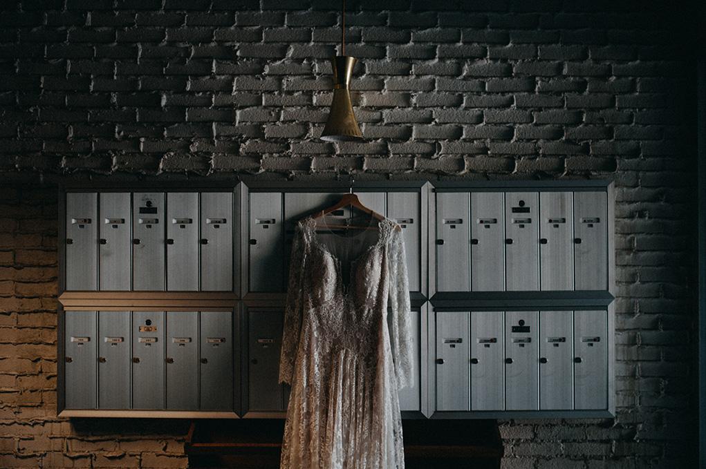 Vancouver Wedding photographer - Vancouver Wedding Dress - Jayme Lang