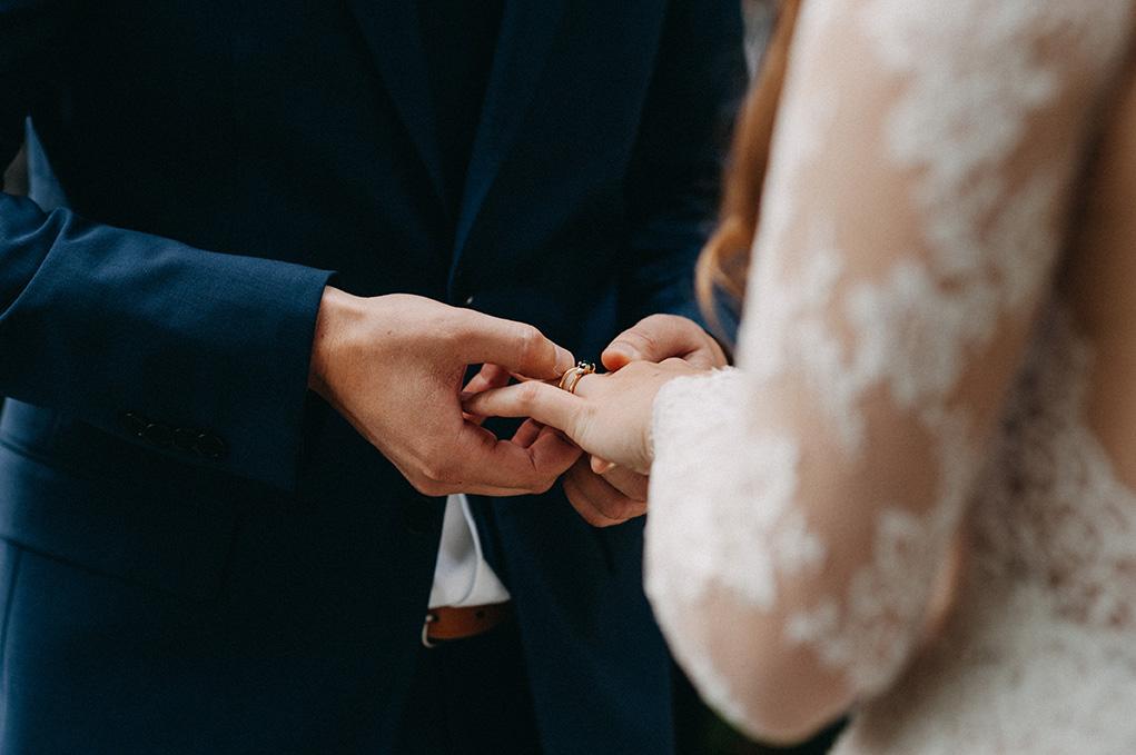 Vancouver Wedding photographer - Jayme Lang