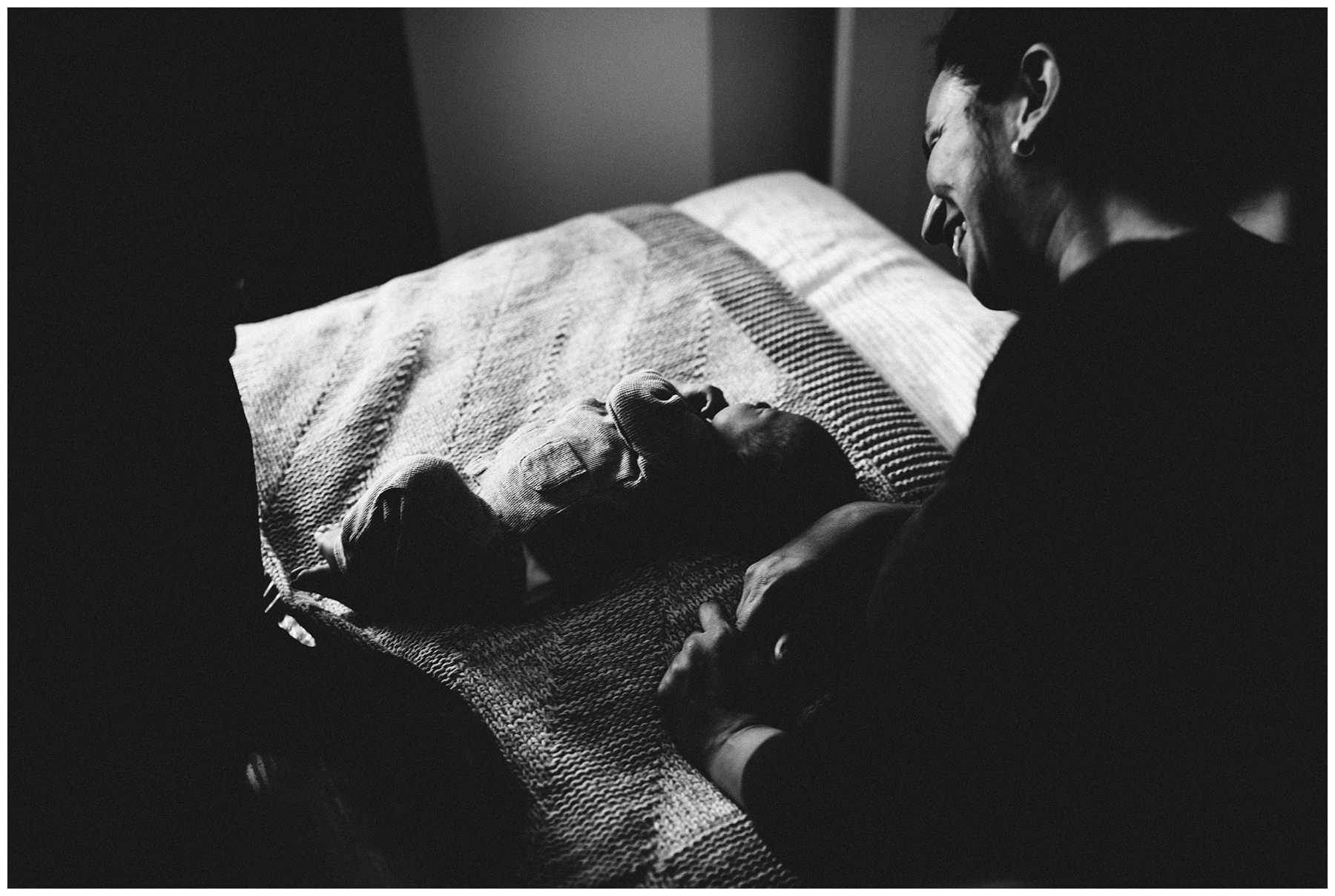 Vancouver newborn photographer_0619.jpg