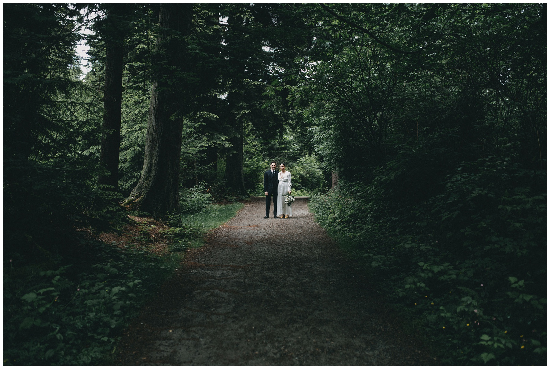Vancouver wedding photographer stanley park_1066.jpg