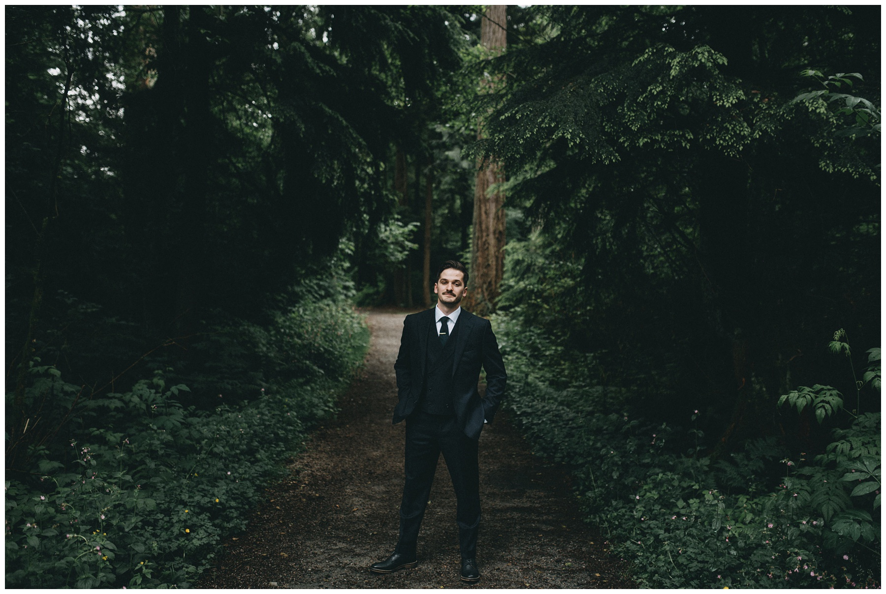 Vancouver wedding photographer stanley park_1077.jpg