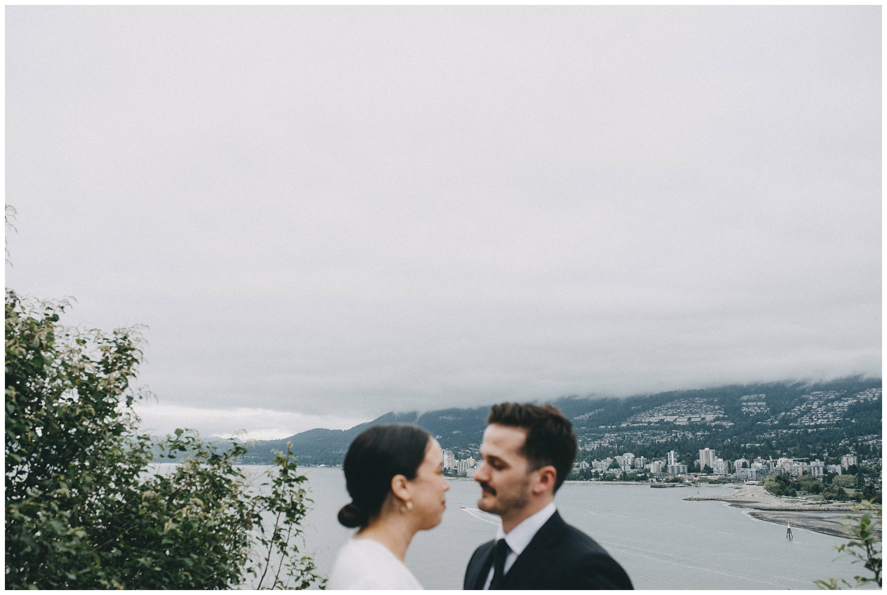Vancouver wedding photographer stanley park_1089.jpg