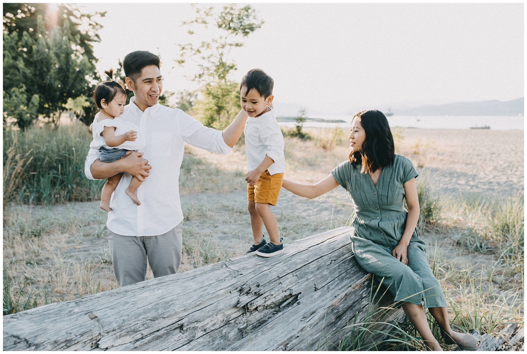 Vancouver Family Photographer || Jericho Beach Vancouver Family Photos_1276.jpg