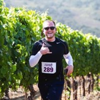 Picture yourself running through the vineyard on a cool summer morning at the 5th Anniversary Vintners 5 Miler @sanfordwinery on July 20th.  Get your tix at 👣 www.sbvintnersrun.com 👣 before the price increases on July 8th. #trailrunning #santabarbarawinecountry #instarunners #explorelompoc