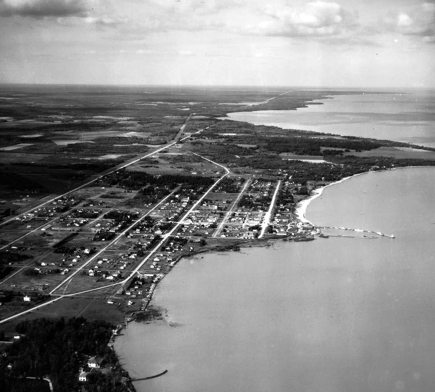 1930s - LAC Gimli aerial 01.jpg