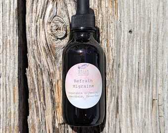 Refrain Migraine Tincture - The Dreaded Migraine!!Our herbal blend of lemon balm, and feverfew is great for alleviating migraines and can even be used as preventative measure!*Please consult with your doctor before taking if you are pregnant or breastfeeding!*