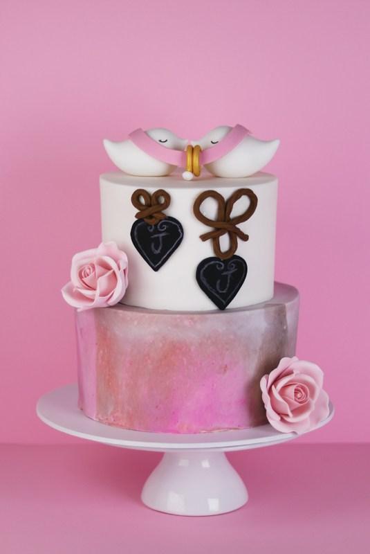 engagement-bird-cake.jpg