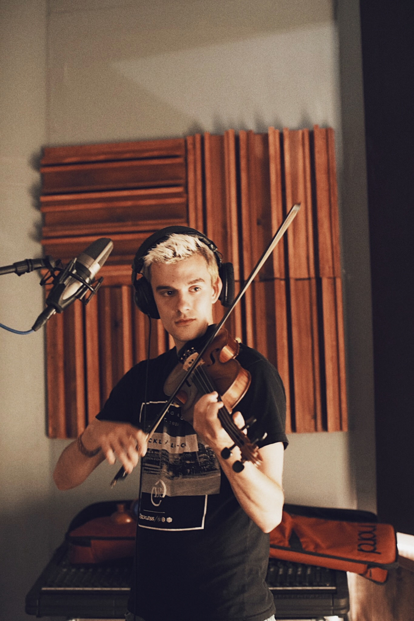 Violin Recording Studio.jpg