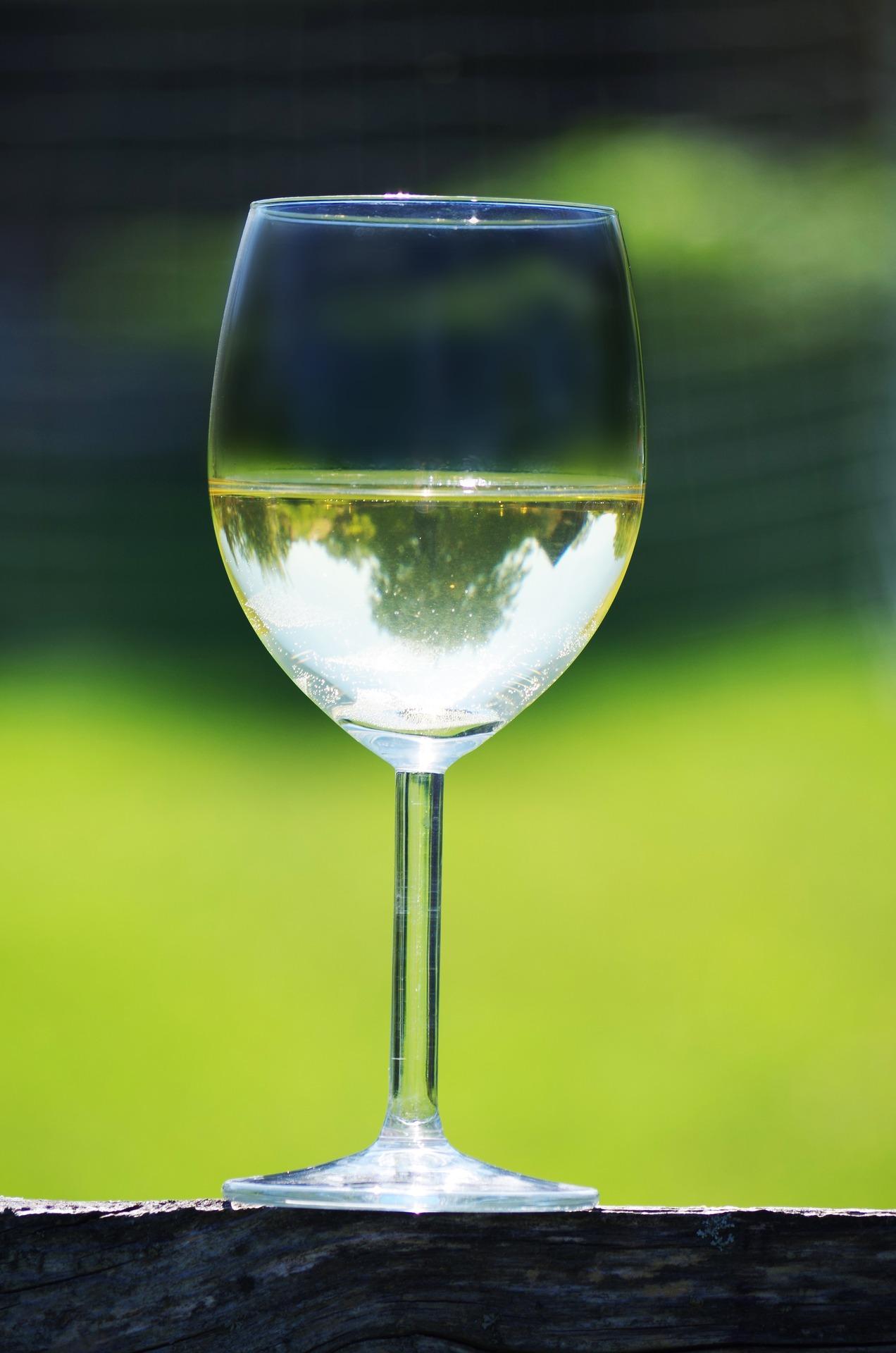 wine-1580394_1920.jpg