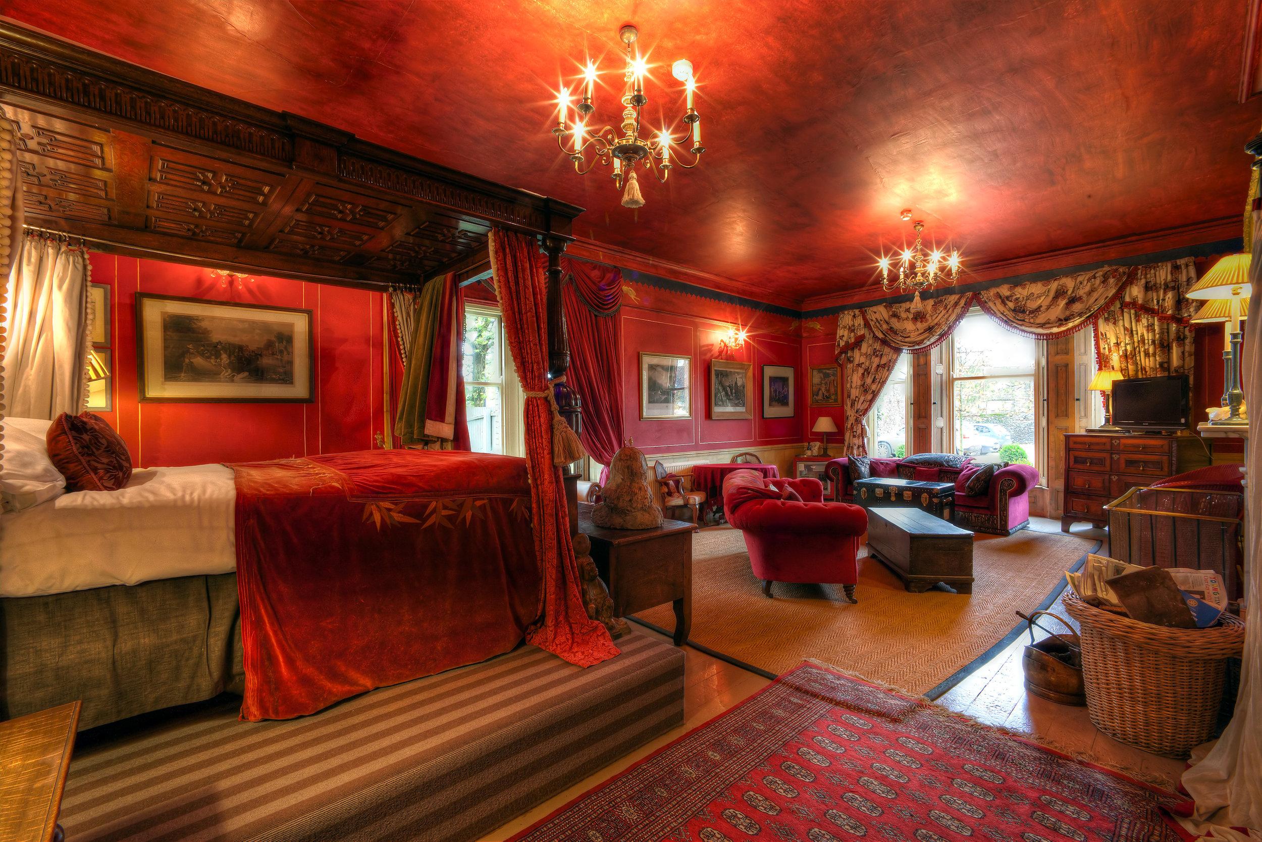 Red Room 4-RT.jpg