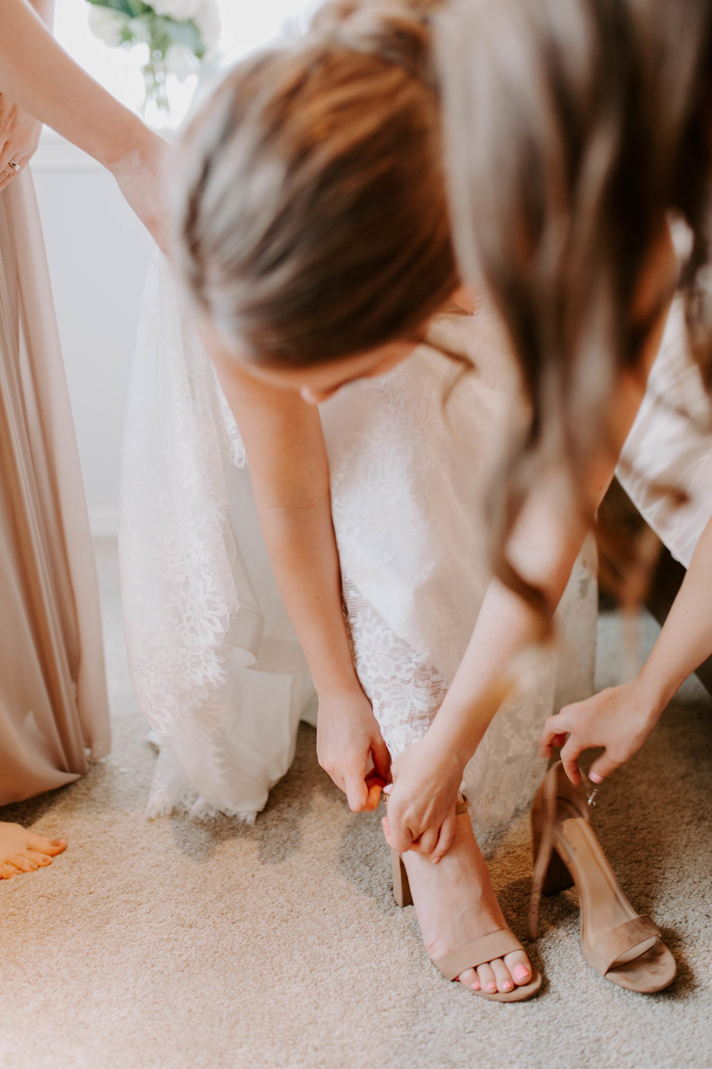 bride getting ready seattle wedding