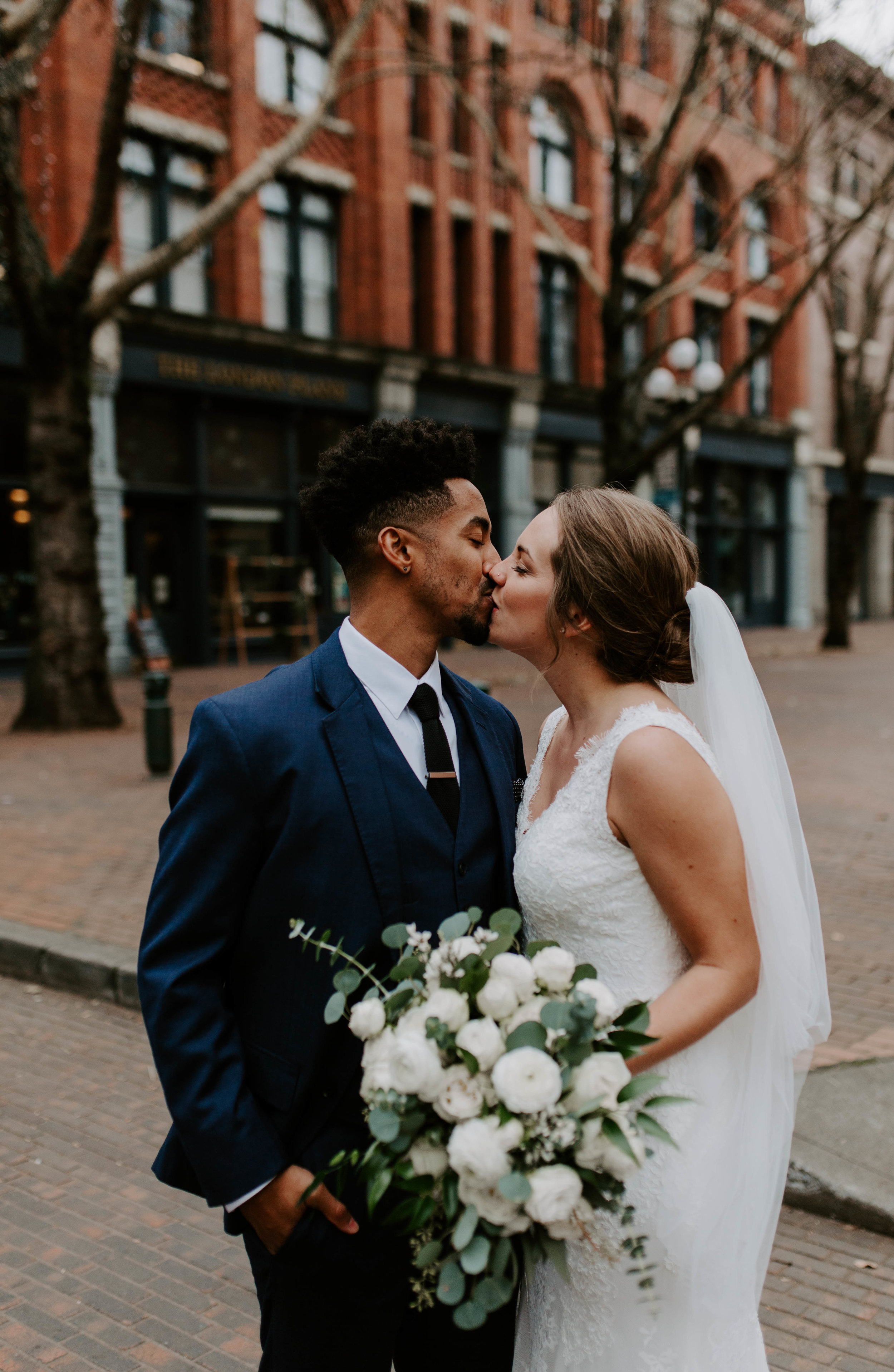 downtown seattle winter wedding photography