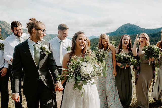 Let's grab your pals and get you married in the mountains!! • Seriously, National Parks are an option guys. Let's freaking do it.