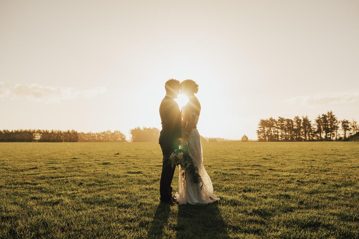 Tom & Jess - Wedding Highlights Video201 Hideaway, WintonJanuary 2017