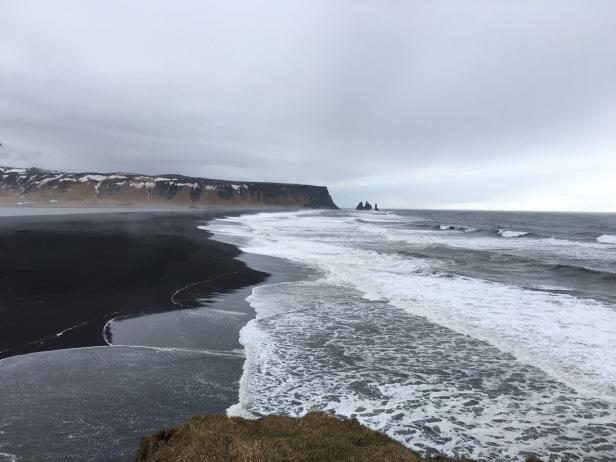 Dyrholaey黑沙灘 是個拍起來好看的浪點 – Photo credit 蔡君平