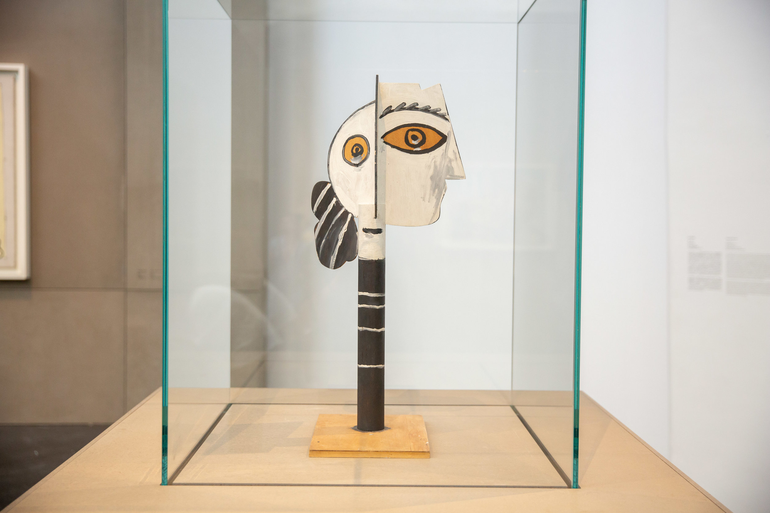 Head of Woman   Cannes, 1957 Painted and cut wood  78.5x34x36cm Musée national Picasso-Paris  © Succession Picasso 2019