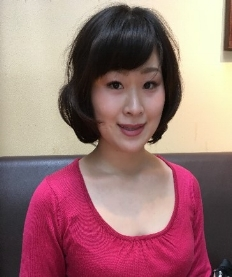 MAYU KOIKE  Mayu's research focuses on romantic anthropomorphism. She is especially interested in understanding the psychological mechanisms underlying anthropomorphism, including the forming of strong attachments with virtual agents and their potential to improve well-being.