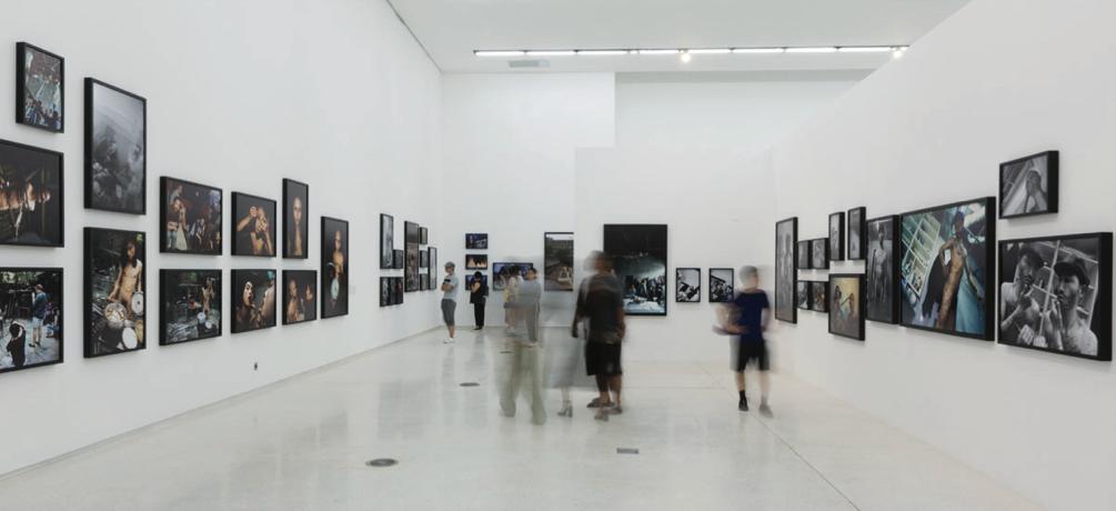 邢丹文于北京红砖美术馆个展现场,2017年9月。