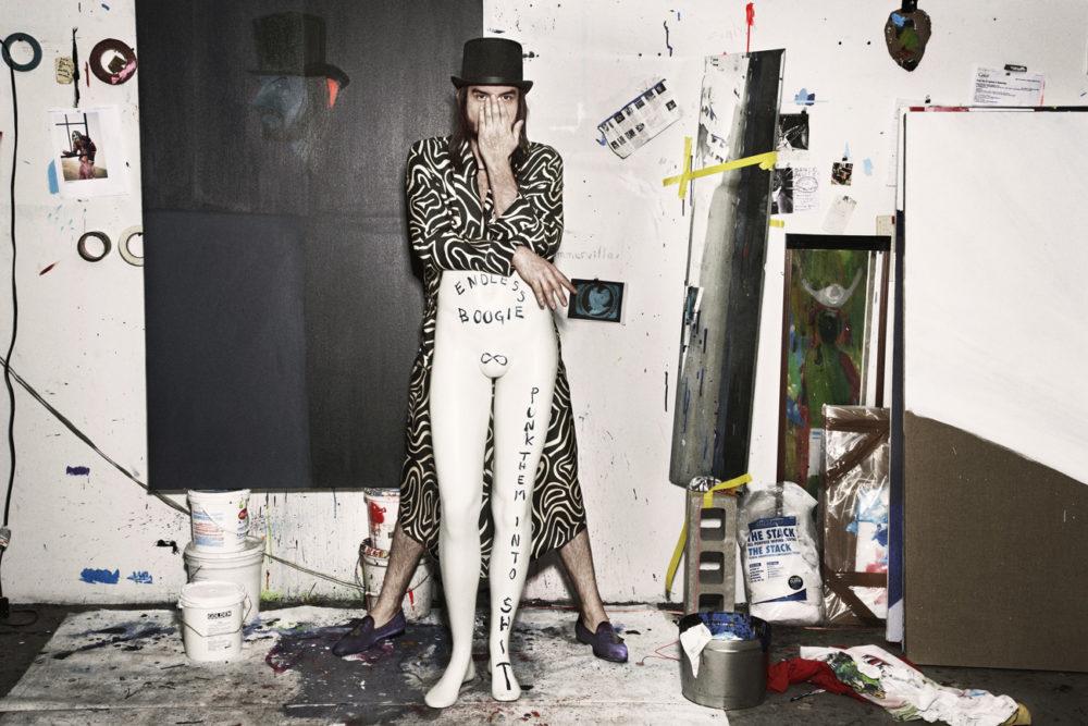 《纽约之夜》策展人斯宾塞·斯威尼。
