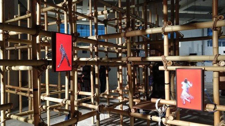 I COULD NEVER BE A DANCER 在上海的视频展览(百联集团时尚中心-衍庆里)。