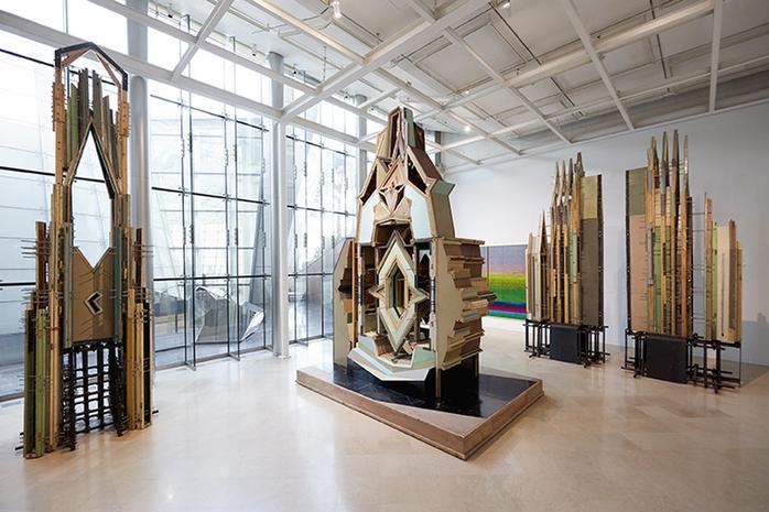 刘韡,《仅仅是一个错误II》4号(左),1号(中),8号(右)2009-2013,三星美术馆展览现场,首尔,2016   © 长征空间