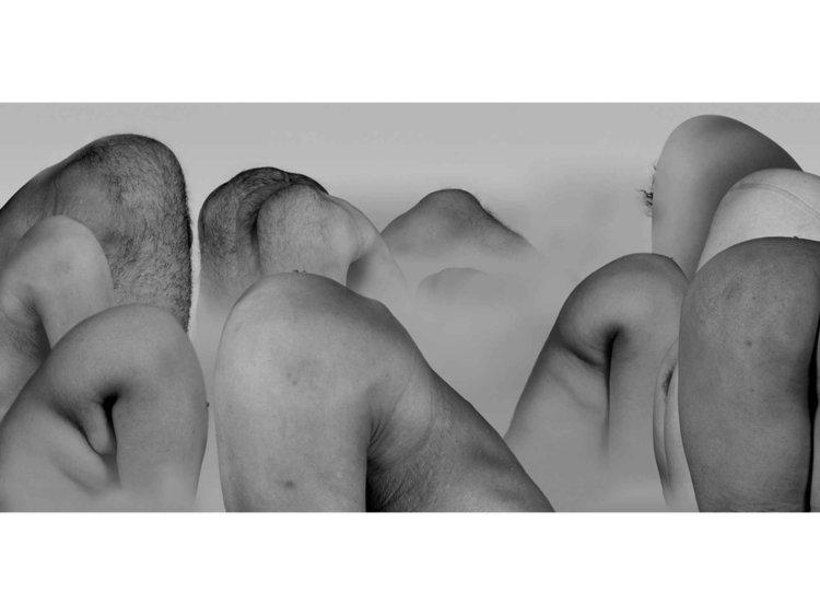 《风景》,2004年(图片由M+ Sigg Collection提供)。展出于上海双年展,灵感来源于传统的山水画,这幅作品也引起了不小的争议。