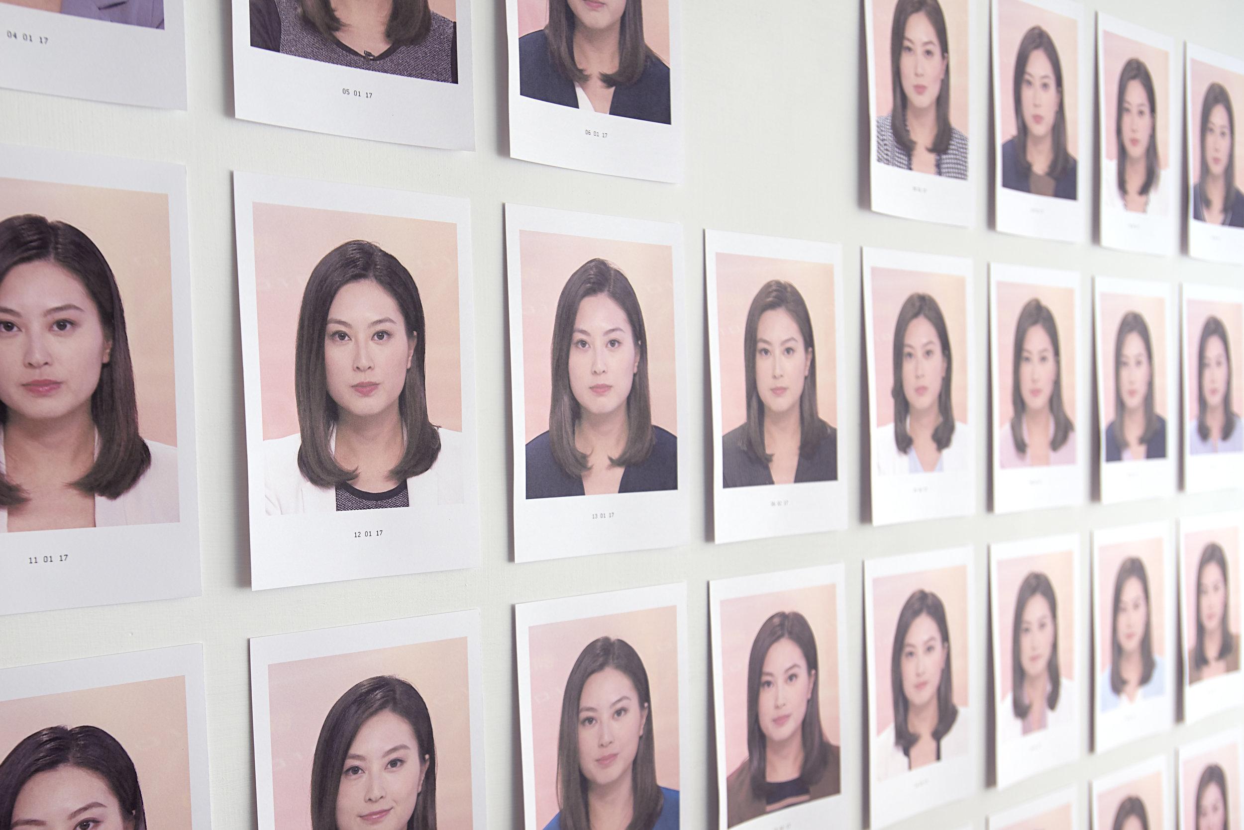 黄永生,《近況》 ,选自《刺眼的黑色》系列,2017年。无酸纸艺术微啧,尺寸可变。图片由艺术家提供。