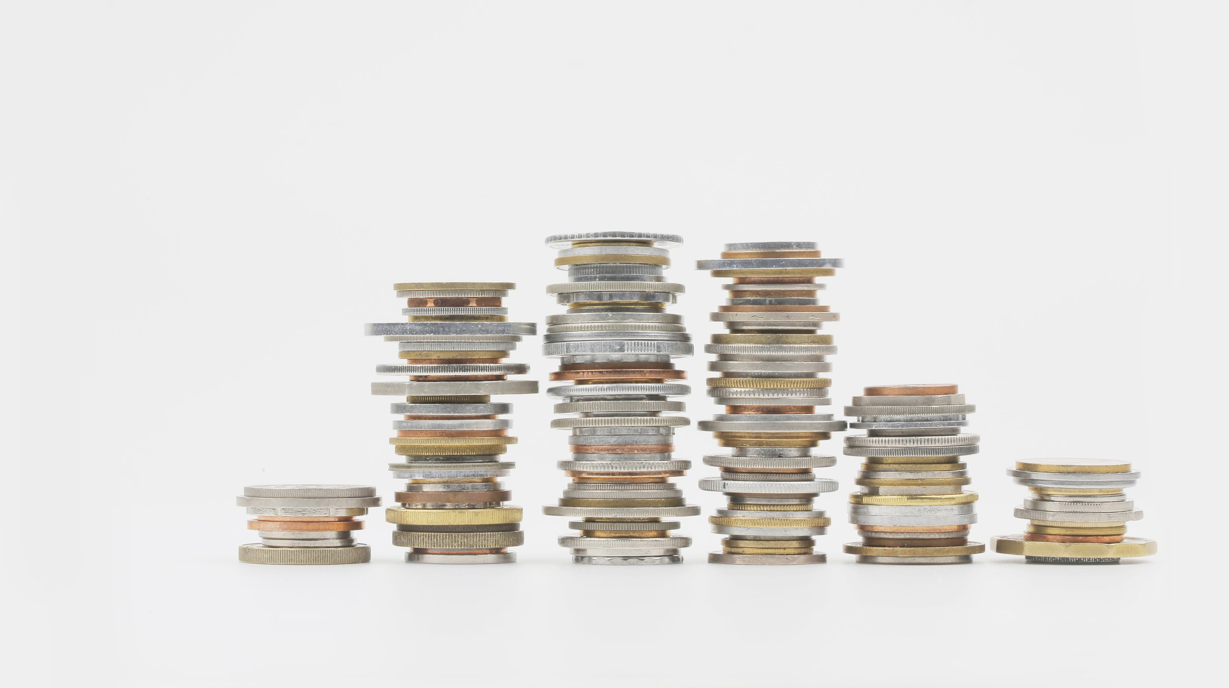 邵睿璐,《七大洲》,选自《抽象物的形状》系列,2016-2018年。数码微喷, 50 x 90 cm。图片由艺术家提供。