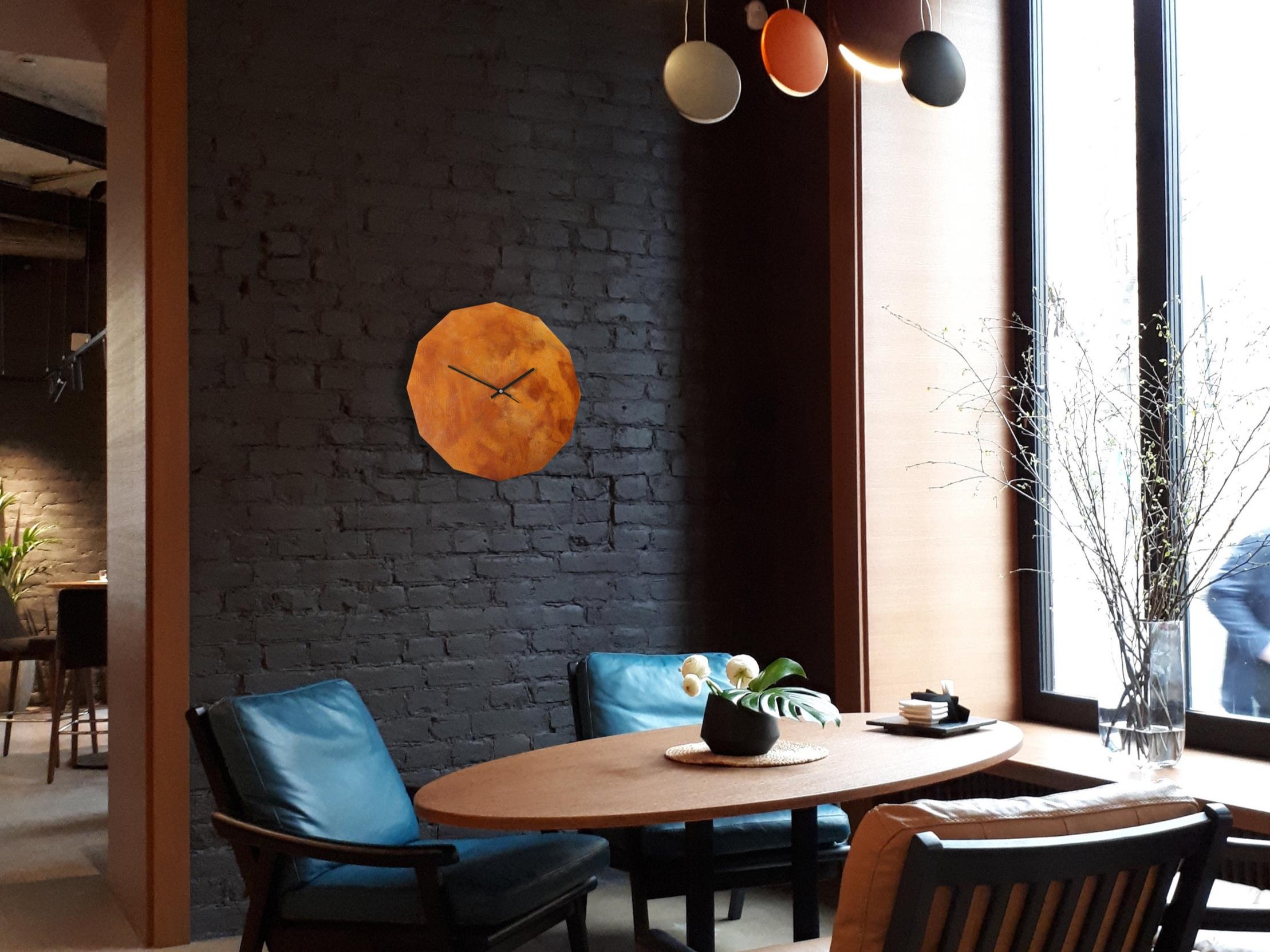 Rusted+12+Eck+Uhr+Cafe+dunkel.jpg