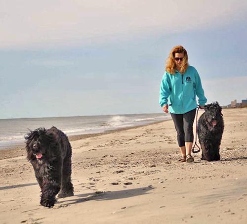 DeAnne & BRTs walking beach.png
