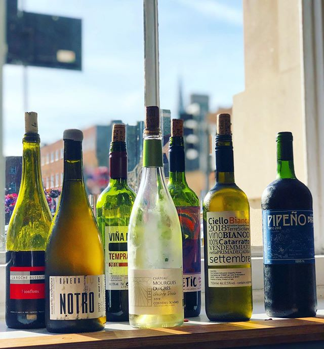 🍷☀️ ALL OPEN WINES £5 ALLLLL EVE ☀️🍷 - Happy Friday 🥰