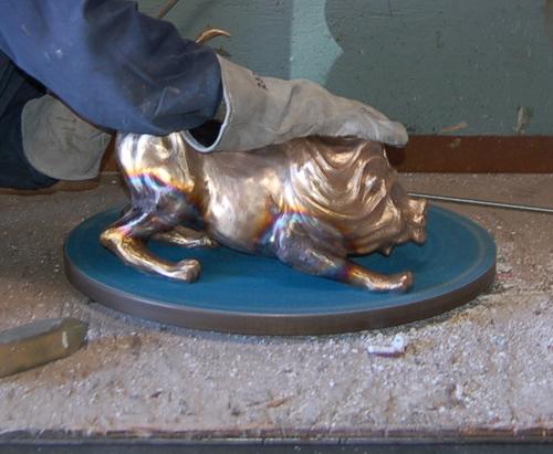 Chasing Leonardo in Bronze