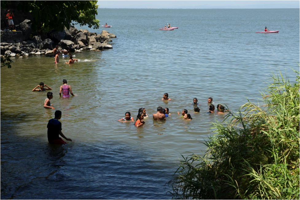 kidsswimming.png