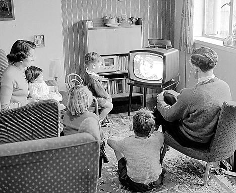 black and white tv.jpg