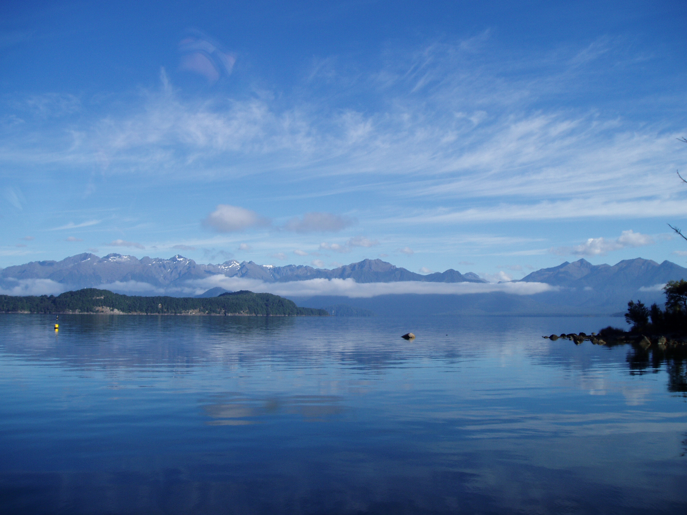 Lake Manapouri, 2004