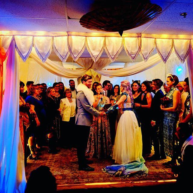 Liz and Parker's wedding! So friggin cool. Yes Jordan and I planned the matching outfits. Stage by Elizabeth S-J @goodearthsophia @valhallajayne @animalinadress @healerdiy . . . #diywedding #wedding #coolwedding #letsparty #imatchmydate #gold #goldandblack #wegotthememo #indiana #indianapolis #Healer #HealerDIY