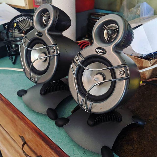 """New"" dashboard speakers for the RV! Who knew $5 sounds so killer!? . . . #rv #rvlife #rvliving #rvrenovation #rvupgrade #rvdreams #irv #klipsch #klipschspeakers #soundsystem"