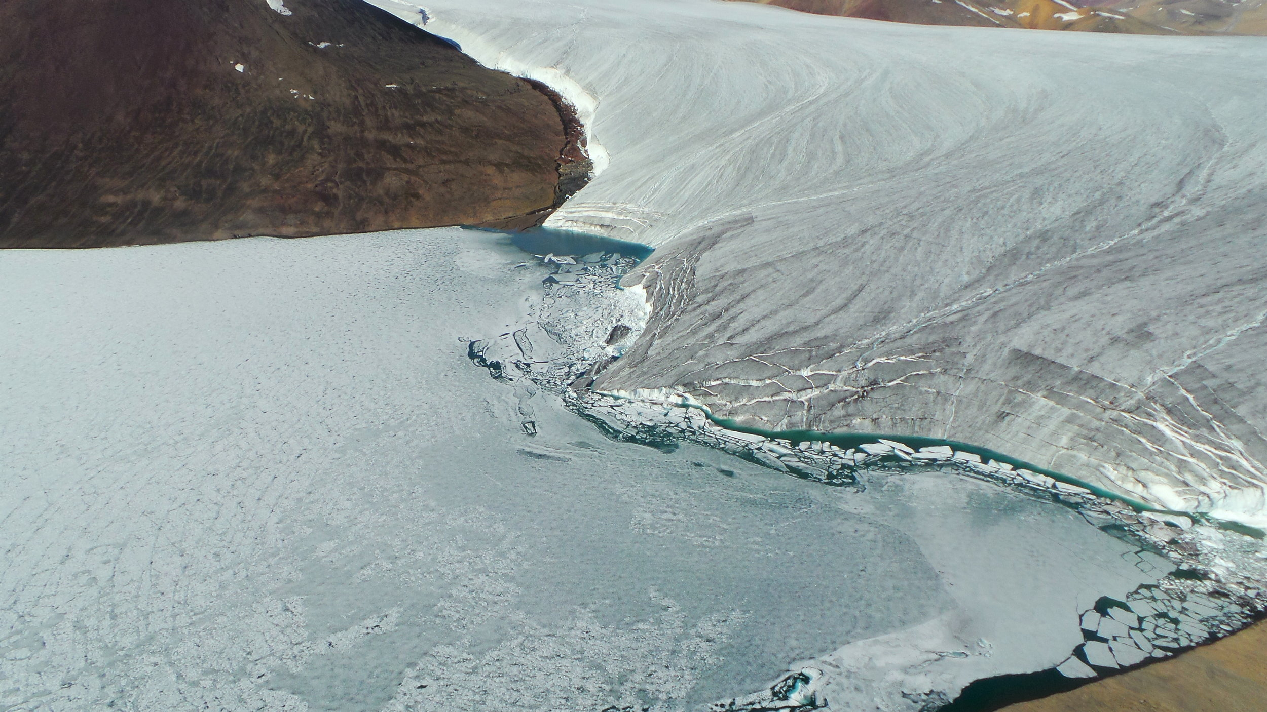 Thores lake glacier