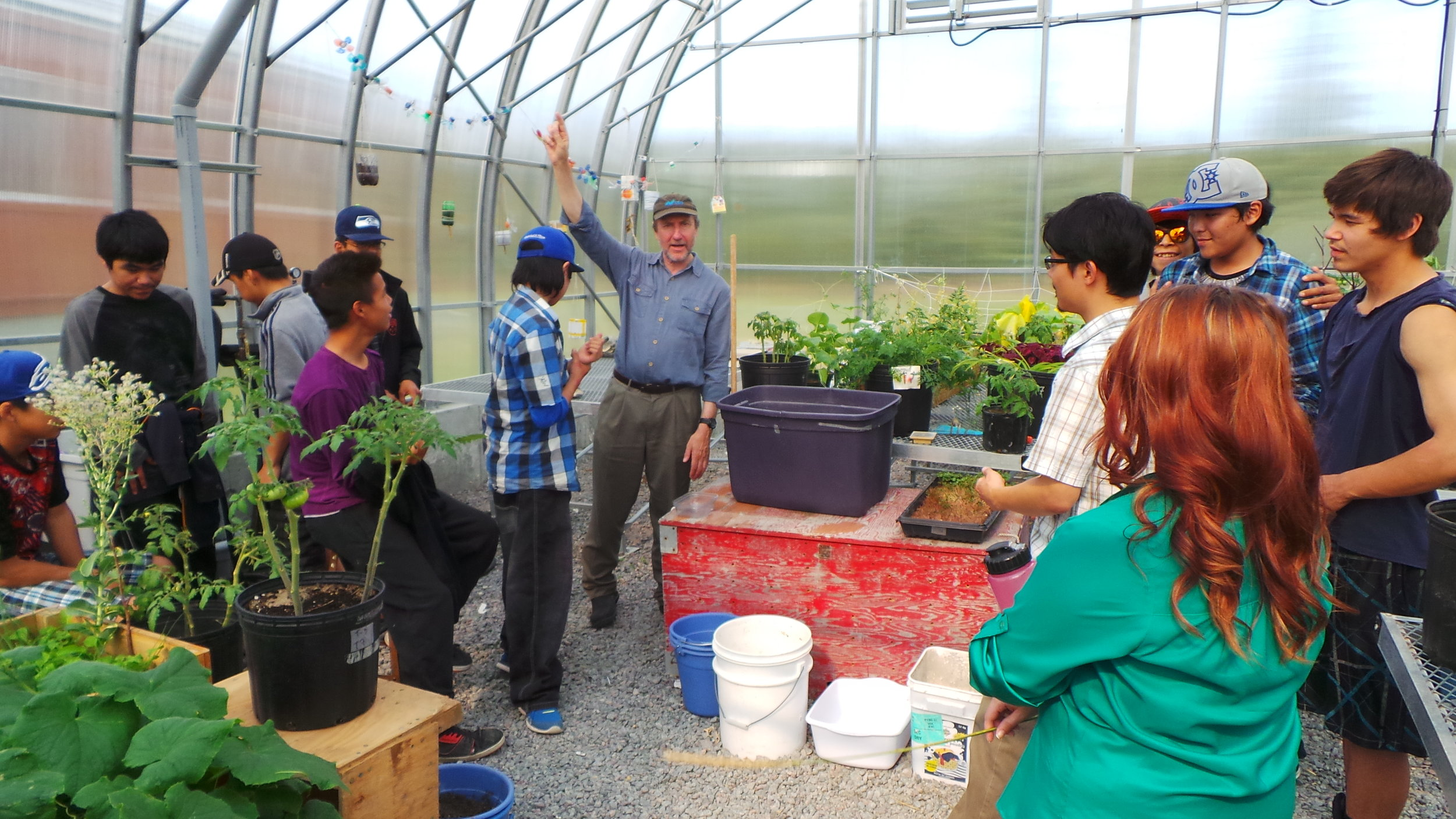 Warwick Vincent leading science day at the Centre d'études nordiques science center in Whapmagoostui-Kuujjuarapik