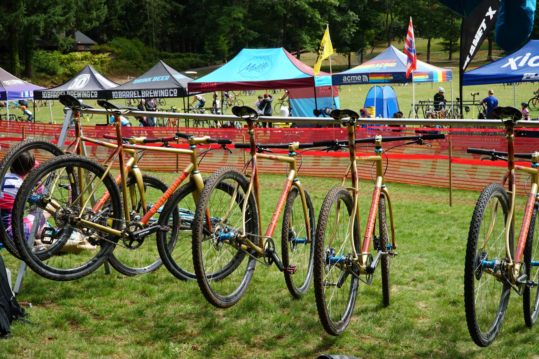 bike-group.png