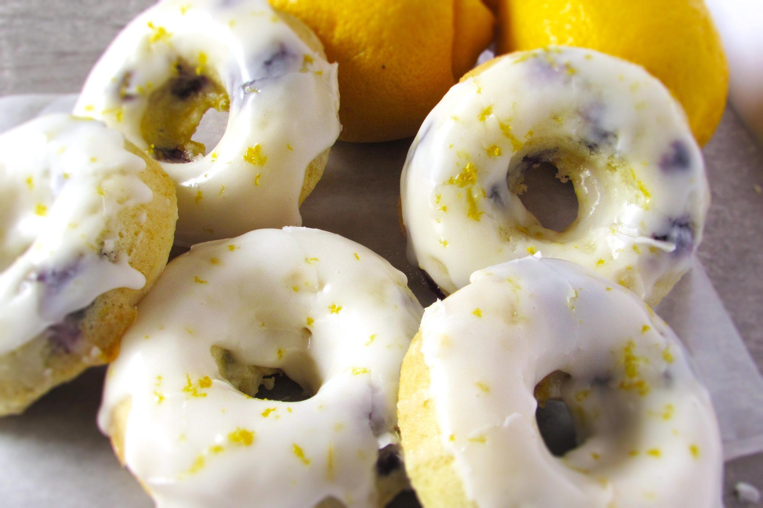Baked Lemon Blueberry Donuts2.jpg