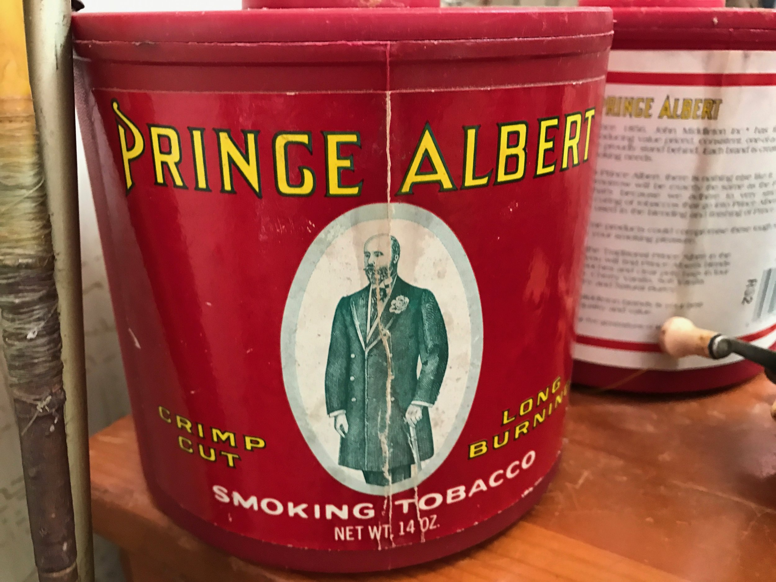 Prince Albert Crimp Cut Long Burning Smoking Tobacco
