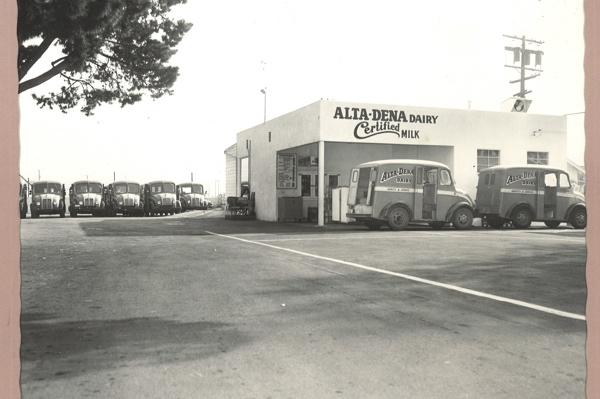 Grab a Pint: Alta Dena Dairy drive-thrus (KCET)