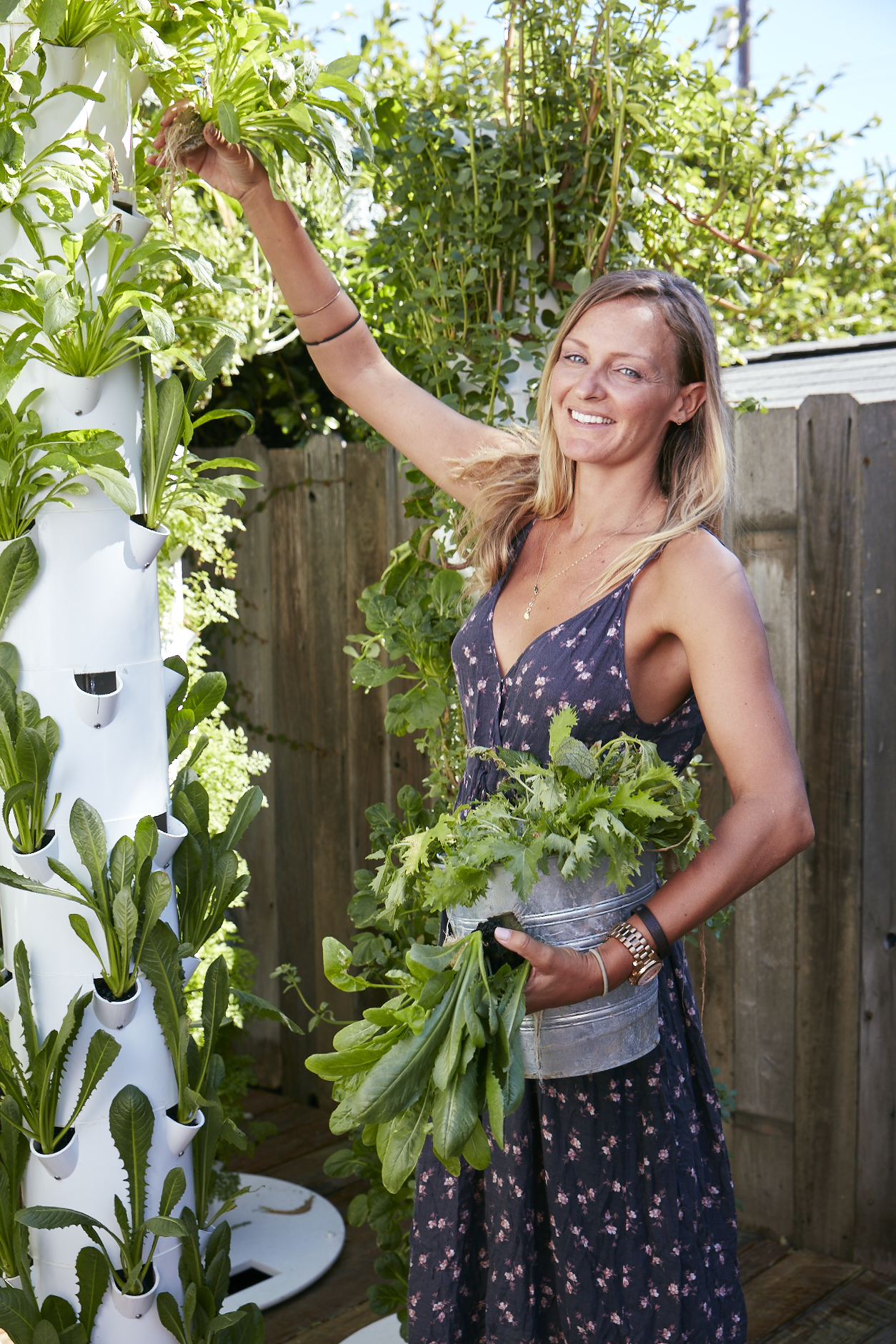 How a former pro beach volleyball athlete stays fit with... gardening (Los Angeles Times)
