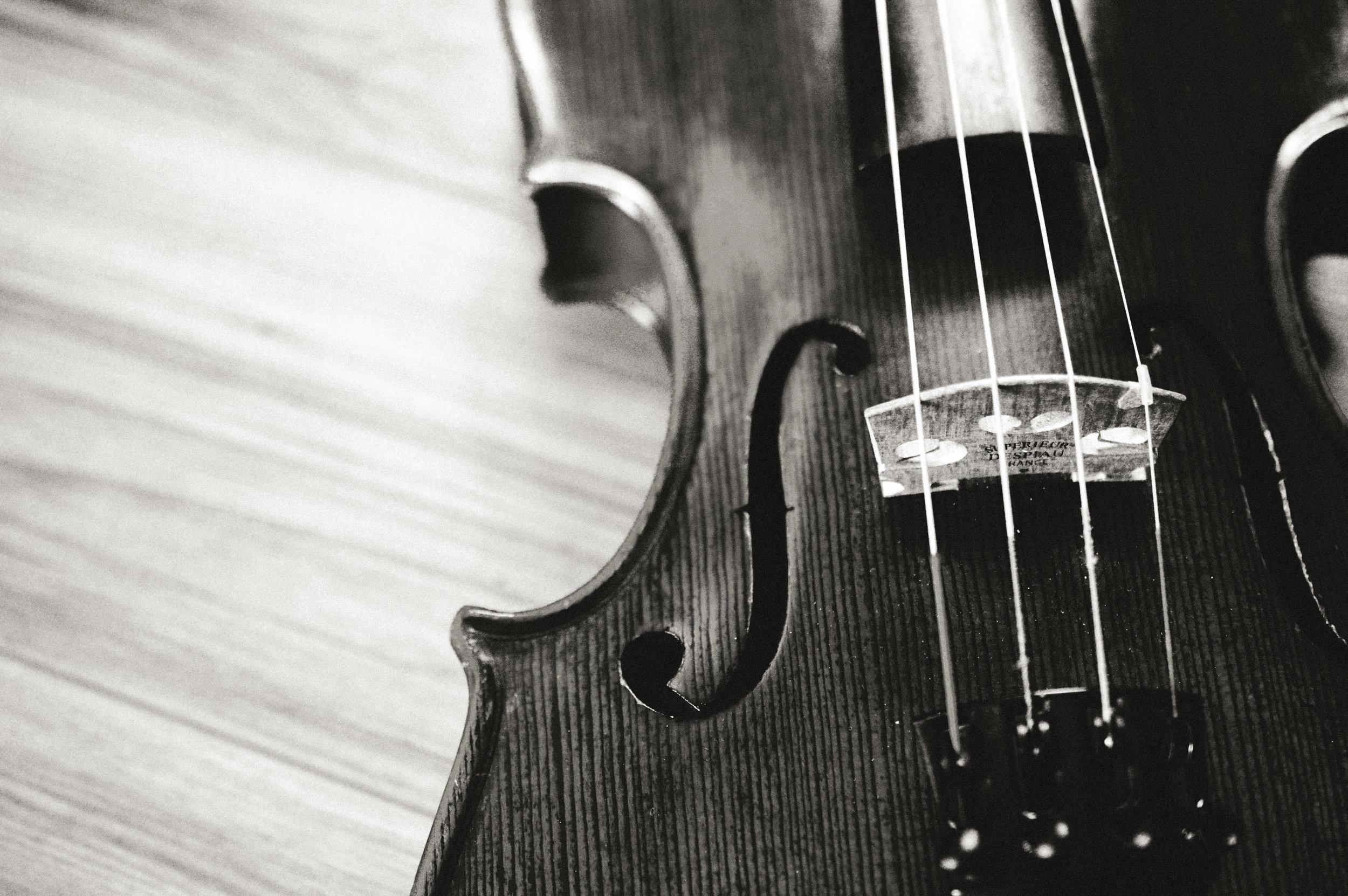 strings -