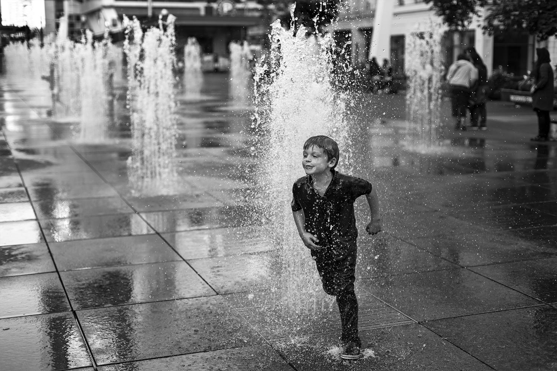 water-play-1856.jpg